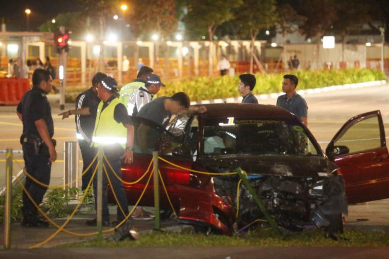 Man arrested after his car crashed into Marina Bay bollard, 4 people injured