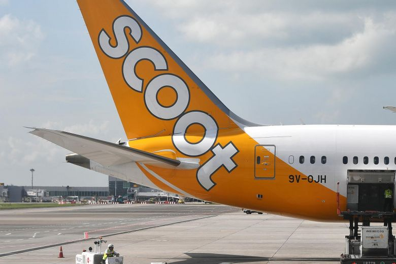Oxygen masks deployed on Scoot flight, infant vomited during descent