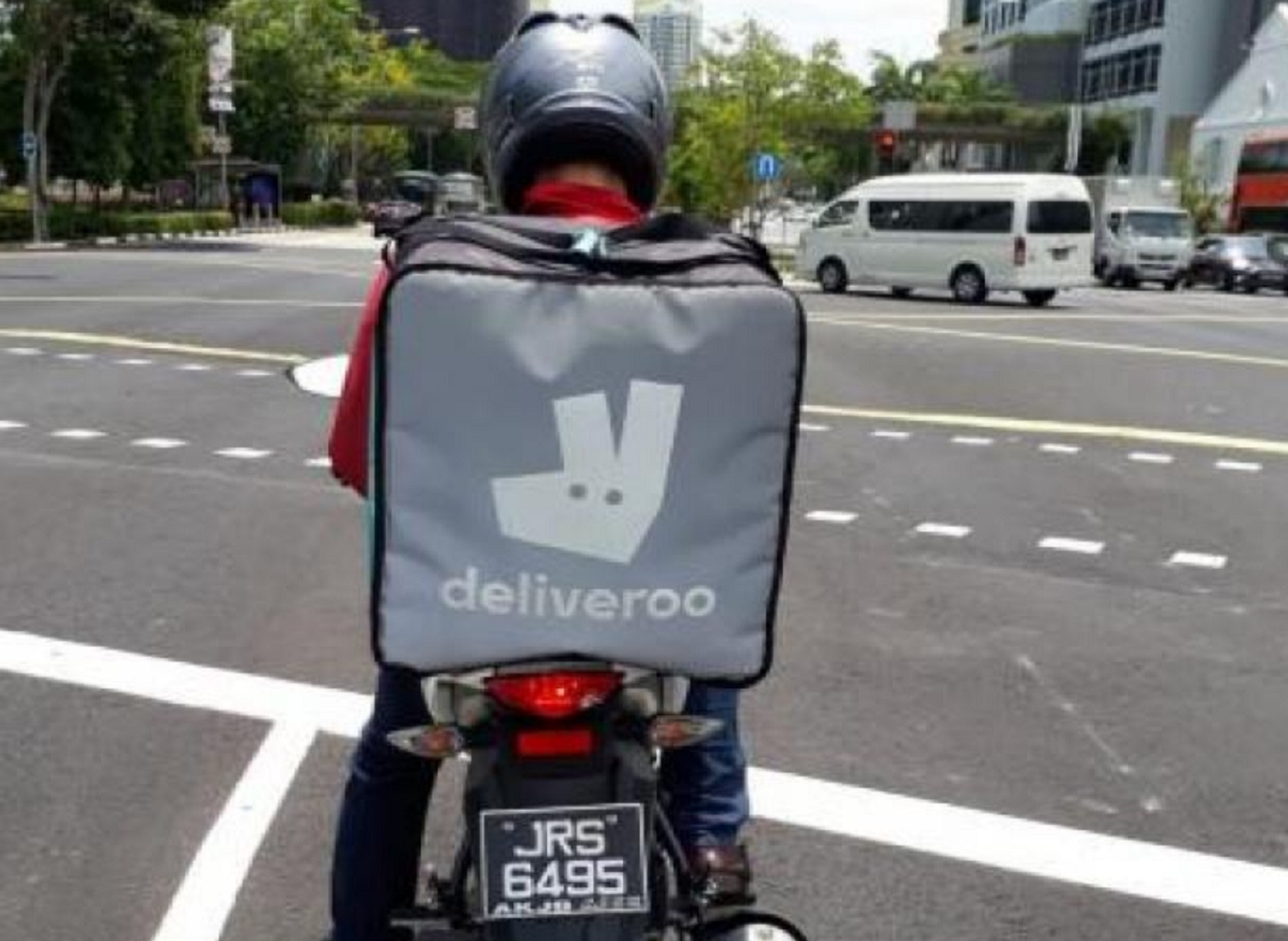 Singapore, food delivery riders, MOM, Grab, FoodPanda, Deliveroo